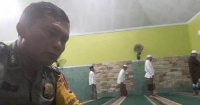 Melalui Sholat subuh berjamaah Bhabinkamtibmas Sunyaragi Tingkatkan Imtaq dan silaturahmi