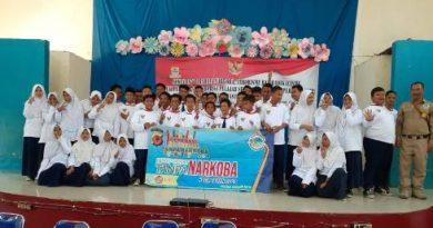 Cegah bahaya  Narkoba sejak dini,  Sat Res Narkoba  Polres Cirebon Kota Gelar sosialisasi di SMP N 9 Kota Cirebon