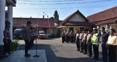 Kurangi ketegangan jari  Polres Cirebon Kota Gelar Senam Jari Dalam Apel Pagi