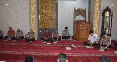 Tingkatkan Karakter Anggota Polri Menjadi Lebih Humanis, Polres Cirebon Kota gelar Binrohtal