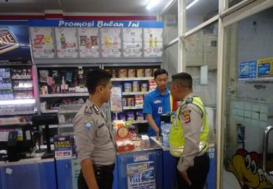 QR Patroli Polsek Gunung Jati Himbau Kamtibmas Minimarket