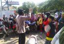 Panit Binmas Seltim Polres Ciko Himabau Warga  Untuk Social Distancing