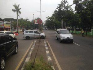 Polsek Lemahwungkuk: PSBB di Check Point Lemahwungkuk Ops Ketupat Lodaya Tahun 2020 Polres Cirebon Kota
