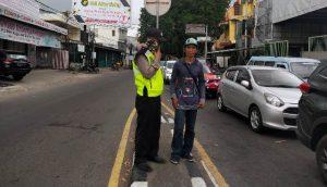 KRYD Sabhara Polsek Seltim Polres Cirebon Kota Tingkatkan Patroli ke Pemukiman Warga