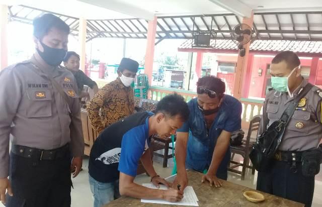 Bhabinkamtibmas Desa Suranenggala Kidul, Polsek Kapetakan, Polres Ciko Bripka Dwi Noviyadi Andalkan Problem Solving Dalam Atasi Masalah Warga