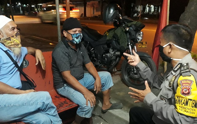 Aiptu Imam, S Bhabin Kesenden Polsek Utbar Polres CIKO Sambang dan Kunjungan Warga Petugas Siskamling