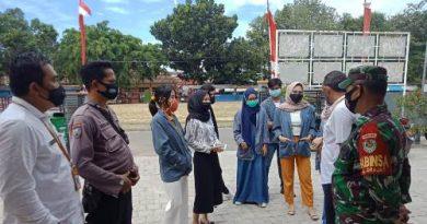 Bhabinkamtibmas Utbar Polres Ciko Aiptu Priyo Diskusi Kamtibmas Bersama Warga  dan Mahasiswa ajak ikuti anjuran pemerintah Cegah Covid 19