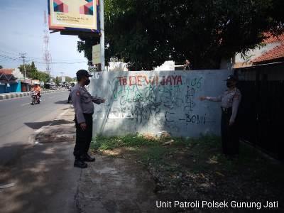 Cegah Aksi Vandalisme , Polsek  Gunung Jati  Polres Ciko Tingkatkan Patroli di masa Covid 19