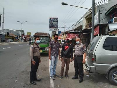 Ops Yustisi QR Polsek Kedawug Polres Ciko patroli dialogis Himbau warga PPKM dengan Prokes 5M